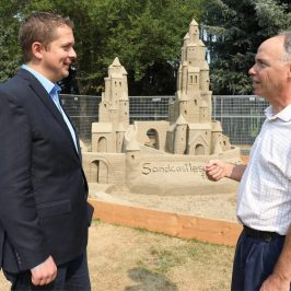 Meeting at the park with Andrew Scheer – Conservative Leader
